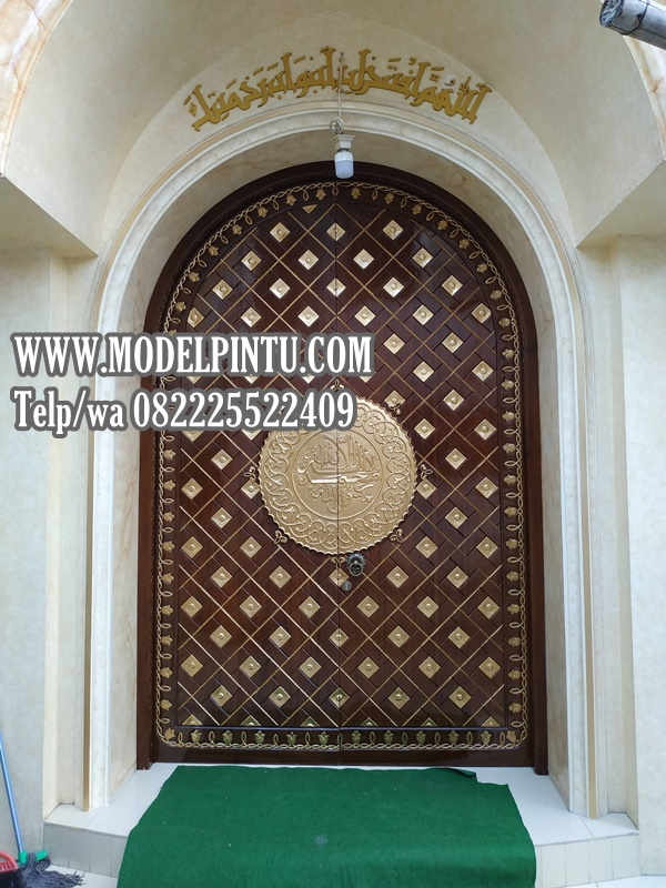 Model Pintu Masjid Nabawi Bahan Baku Kayu Jati