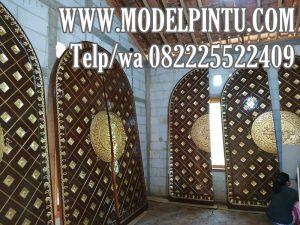 Pintu Masjid Jati Model Nabawi Cantik