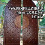 Pintu Masjid Ukiran Kaligrafi Syahadatain