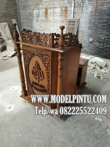 Model Mimbar Masjid Podium Jati Ukiran Klasik Mewah