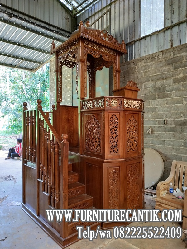 Model Mimbar Masjid Jati Kubah Ukiran