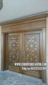 Model Pintu Masjid Jati Minimalis Tulisan  Timur Tengah