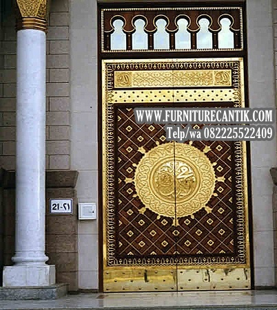 Model Replika Pintu Masjid Nabawi Madinah
